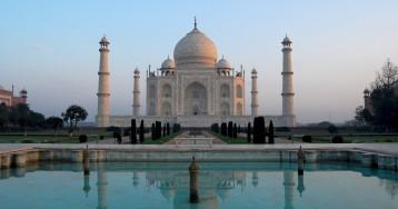 Мавзолей-мечеть Тадж-Махал. Индия, Агра.
