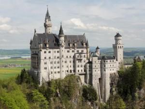 Замок Нойшванштайн - жемчужина Баварских Альп (https://www.flickr.com/photos/fhk/)