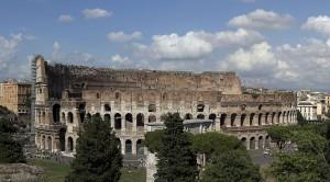 Колизей - символ величия Римской Империи (https://www.flickr.com/photos/123_456/)