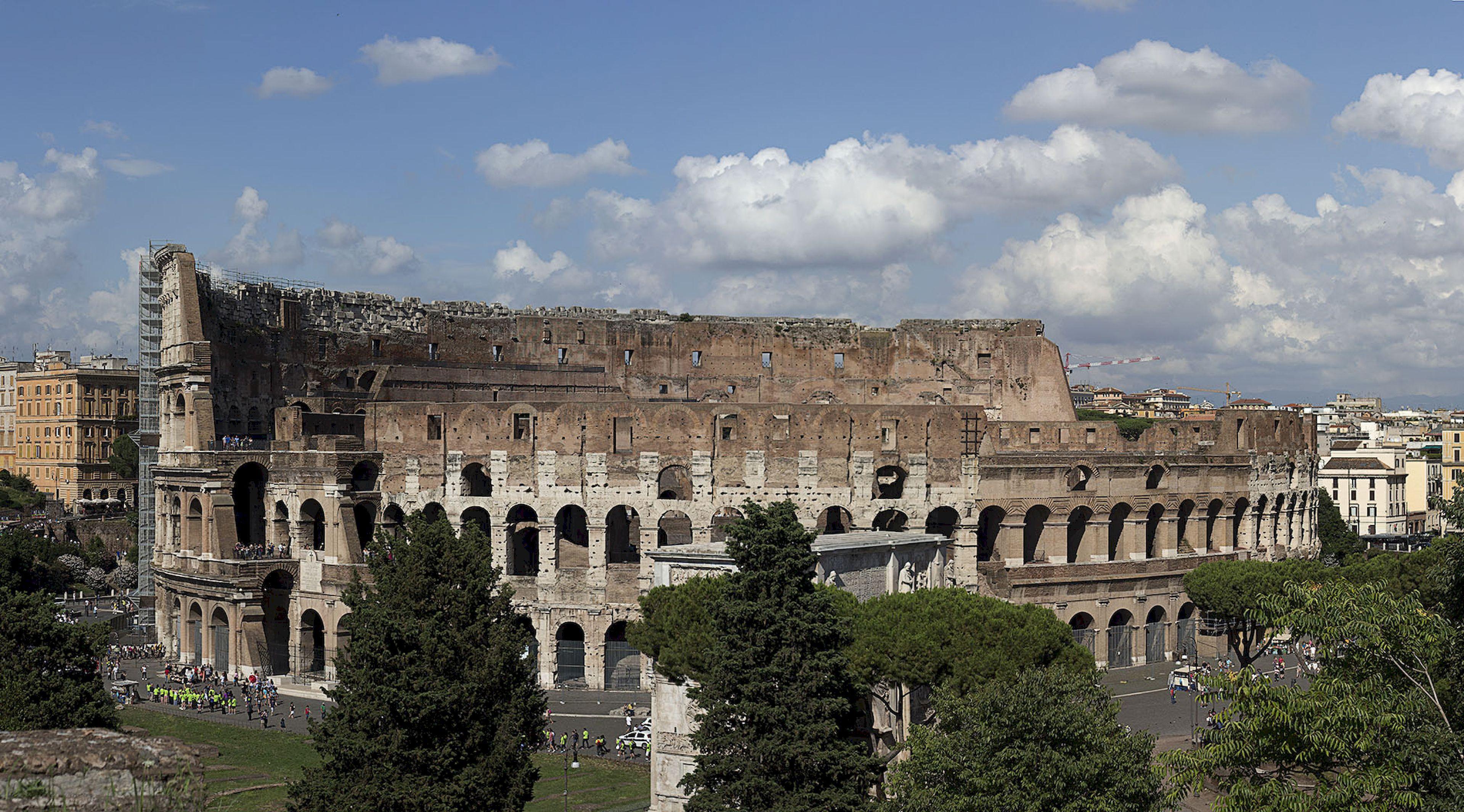 Колизей символ величия Римской Империи Колизей символ величия Римской Империи flickr com